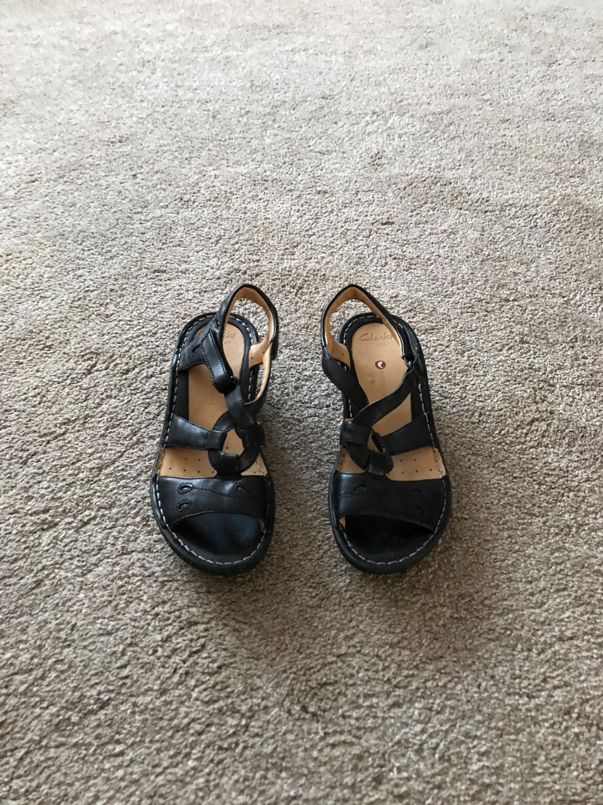 f1ee7061875a9 Clarks black summer sandals in E6 London for £30.00 for sale - Shpock
