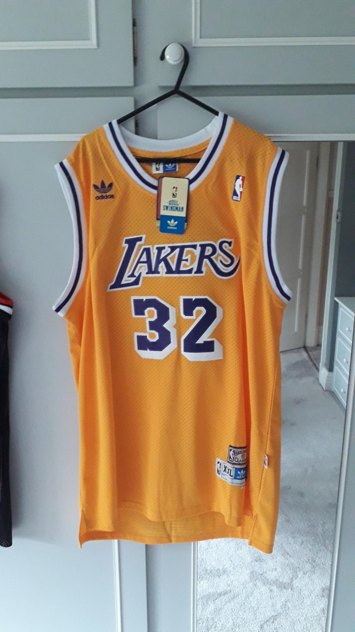online store 3a019 3d38e L.A Lakers Basketball Jersey.