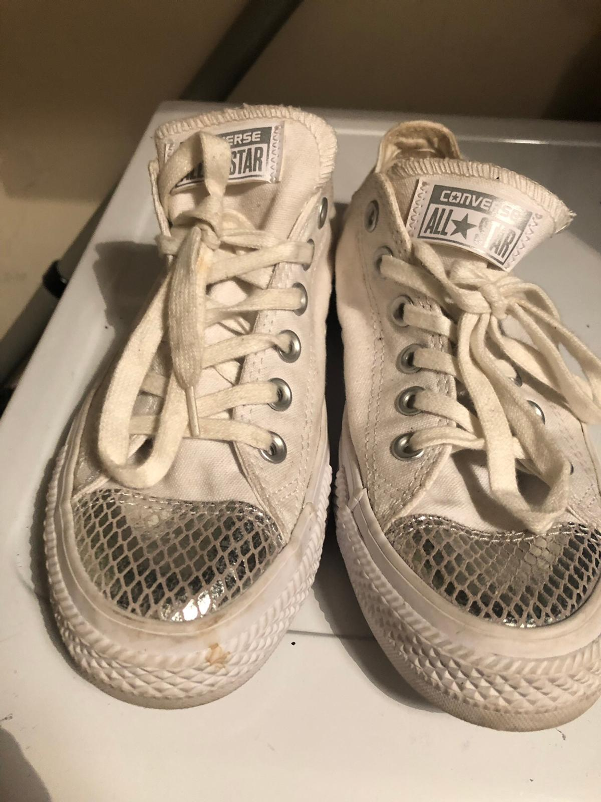 hot sales utterly stylish retail prices Size 6 converse