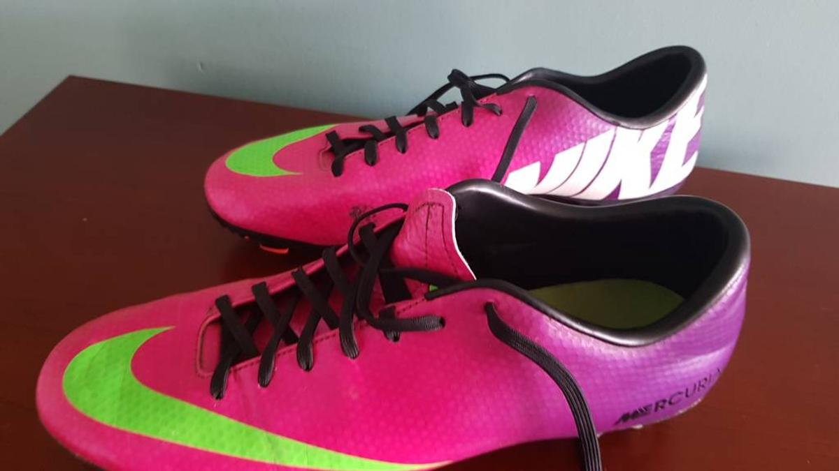 sports shoes 48b38 2fa11 Nike Mercurial football boots size 9 in Runnymede for £10.00 for ...
