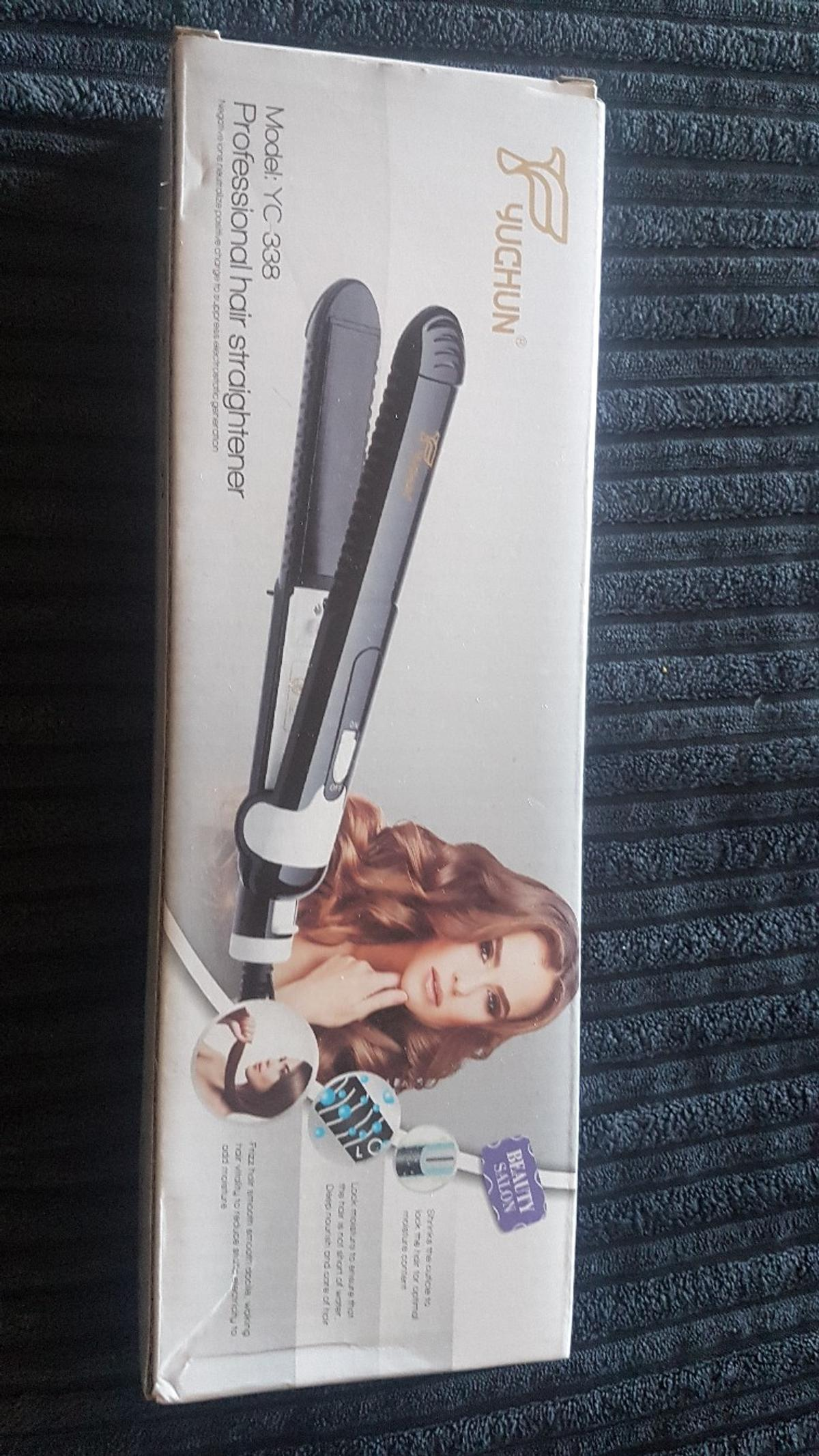 A brand new hair straightener. in SW17 London Borough of