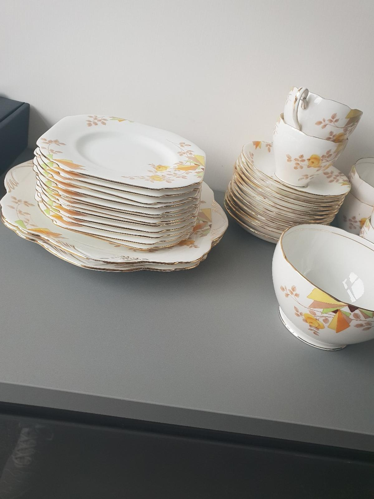 antique fine China, cups saucers plates in EH54 Pumpherston