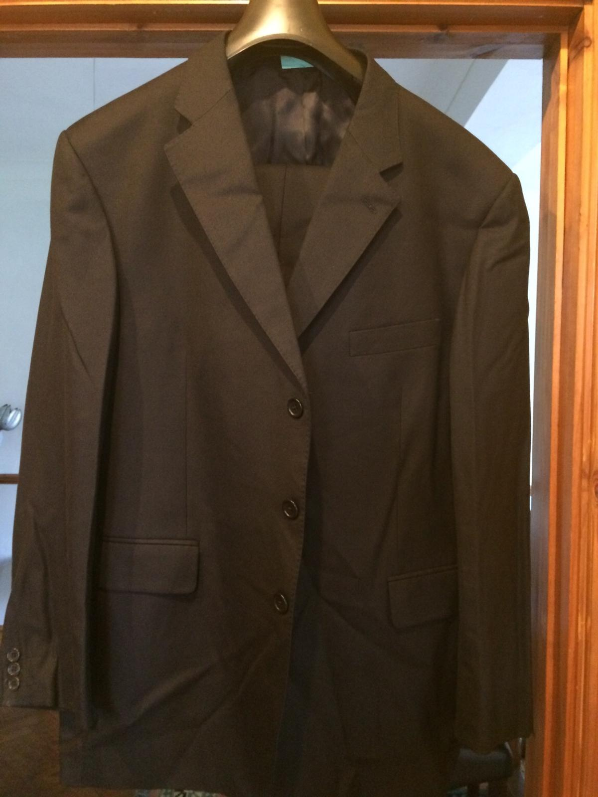 High End Gentleman Suit Selection In Cf Cardiff For 15 00 For Sale Shpock
