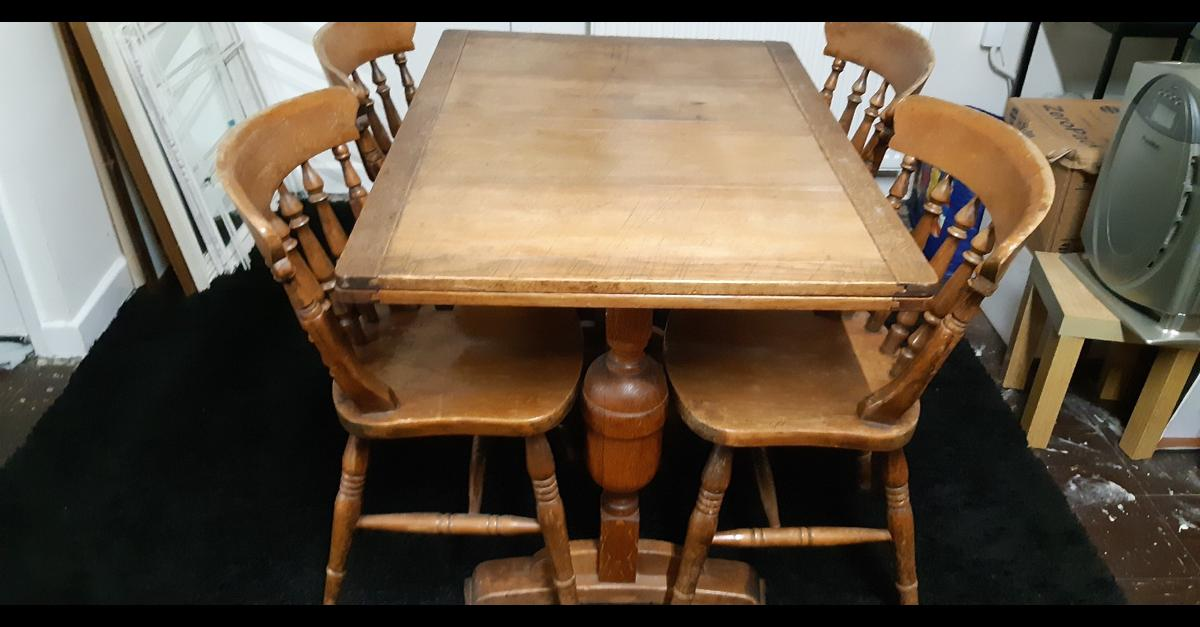Antique Oak Dining Table N Chairs In