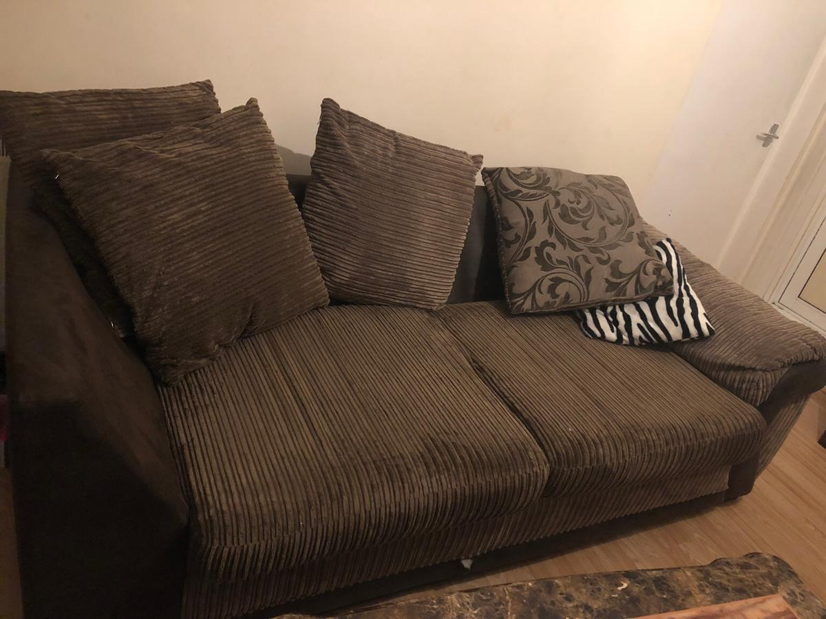 Fine 3 Seater And 3 Seater Sofa Bed For Sale Spiritservingveterans Wood Chair Design Ideas Spiritservingveteransorg