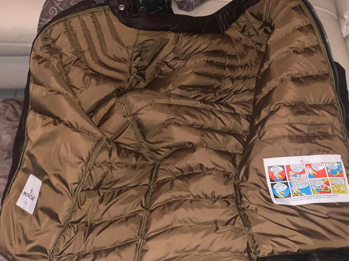 the best attitude a3616 48f80 Moncler Jacke