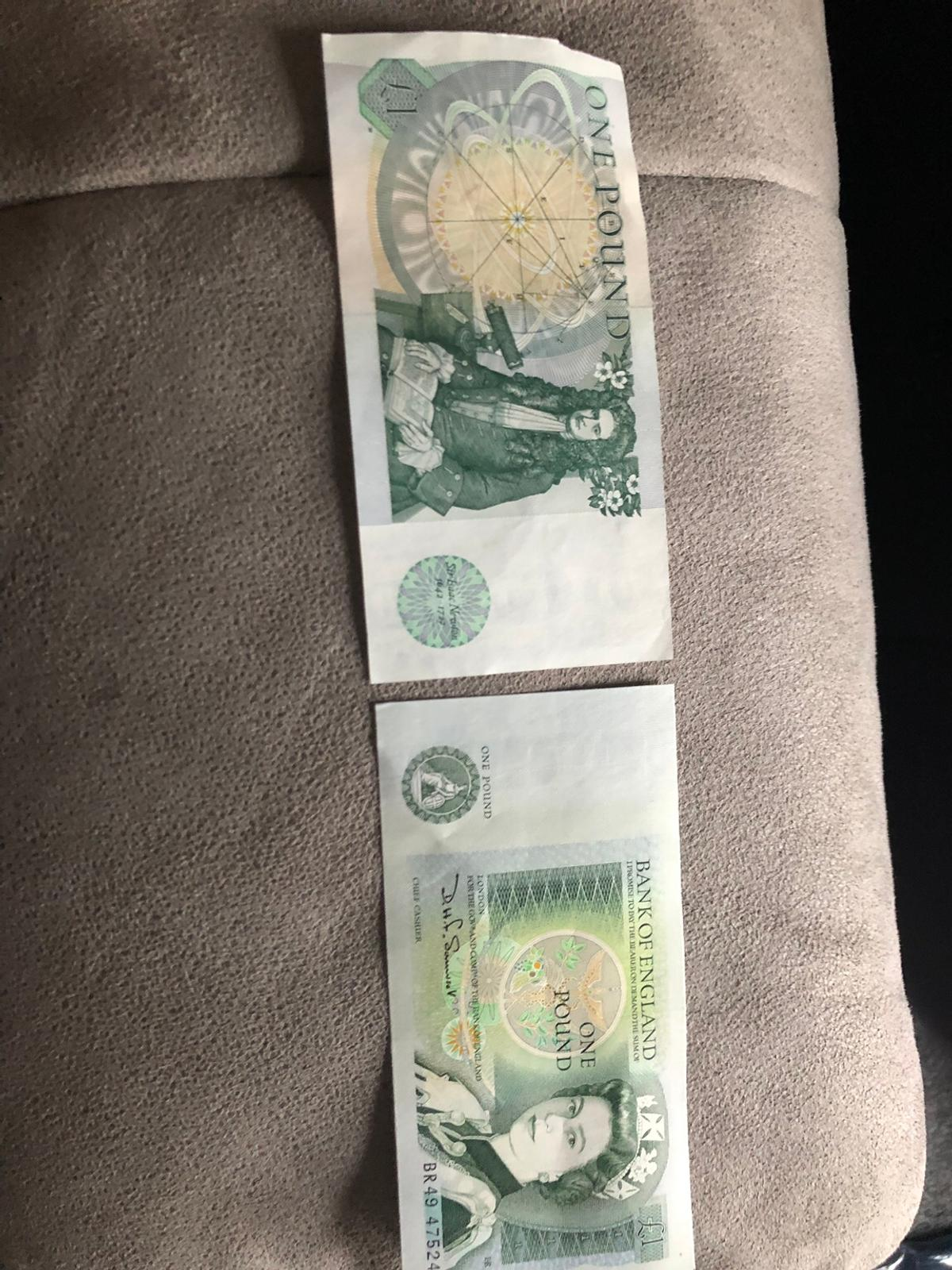 2 old 1978 1 pound notes