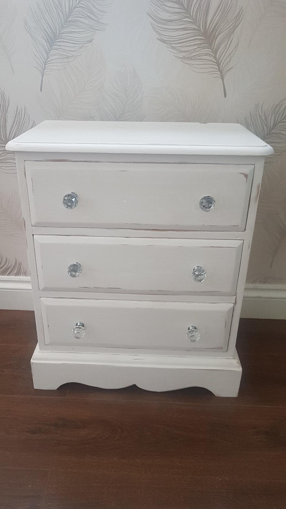 Shabby Chic Upcycled Small Bedroom Furniture In B26