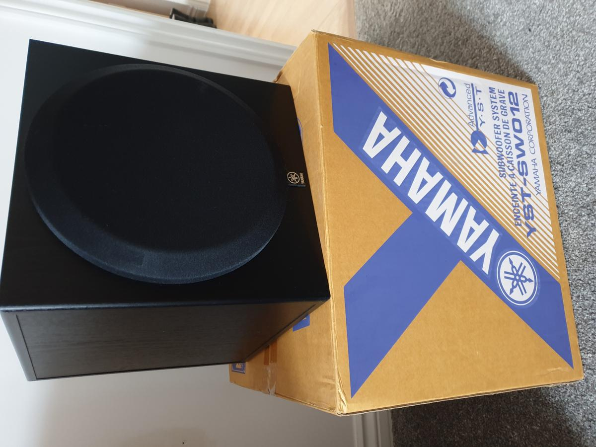Yamaha Yst Sw012 Powered Subwoofer