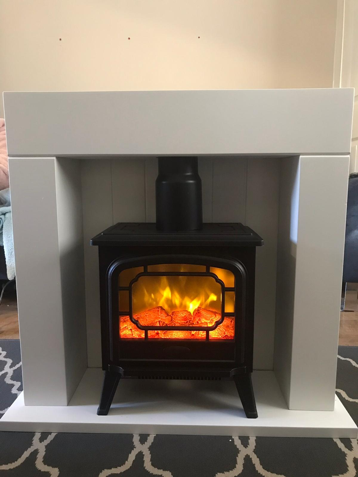 Small Fire Suite Fireplace Surround White In Oldham Fur 70