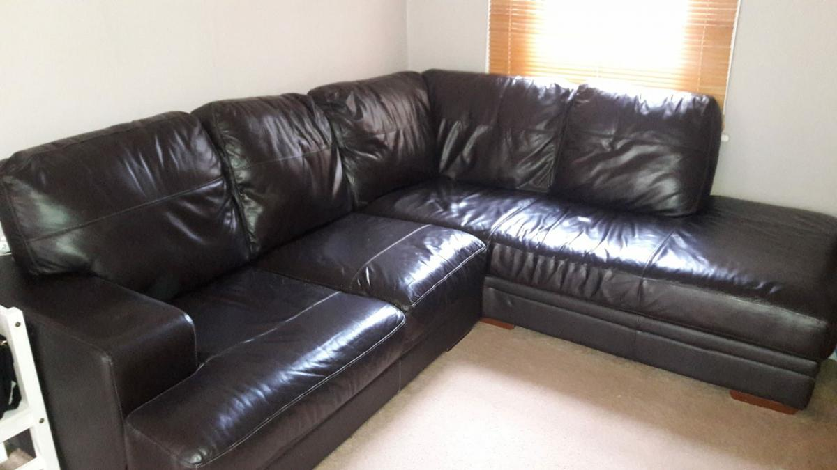 DFS: Leather Corner Sofa in E5 London for £250.00 for sale - Shpock