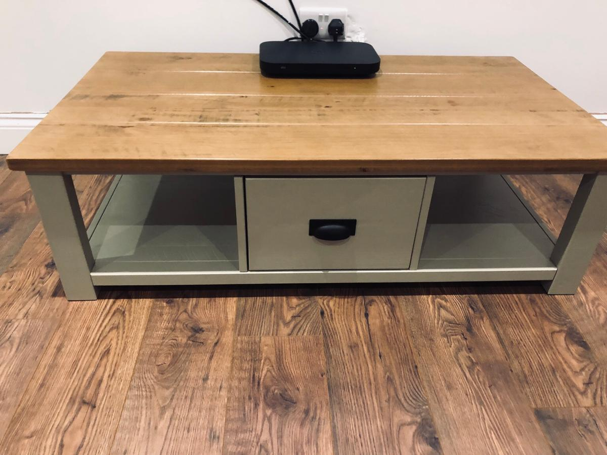 - NEXT Home Oak And Sage Green Coffee Table In MK45-Clay Für 134,00
