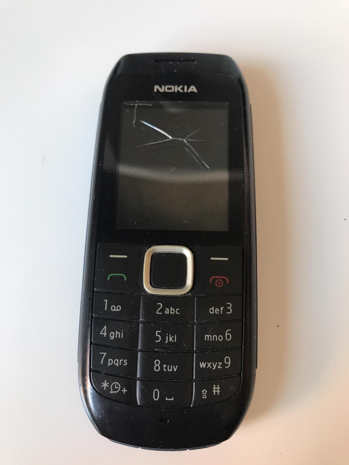 Old Nokia Phone In Hd3 Kirklees For 1 00 For Sale Shpock