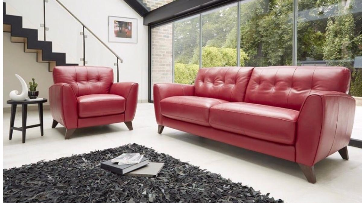 Super Beautiful Italian Leather Sofa Set In Rh10 Crawley Fur 735 Gmtry Best Dining Table And Chair Ideas Images Gmtryco