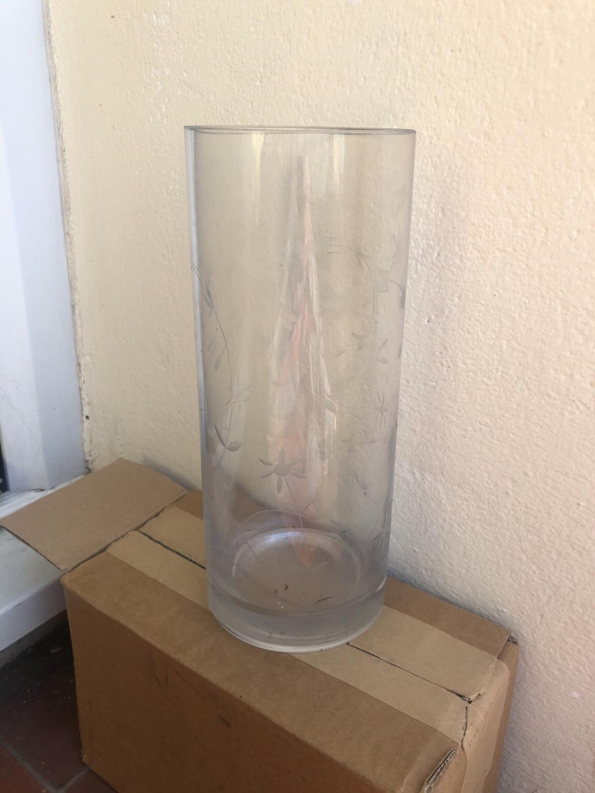 Clear Flower Vase From Ikea In E16 Newham For 5 00 For Sale Shpock
