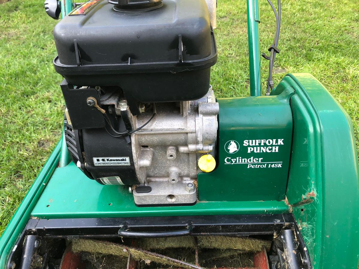 Suffolk Punch 14SK Lawnmower in SK5 Stockport for £120 00 for sale