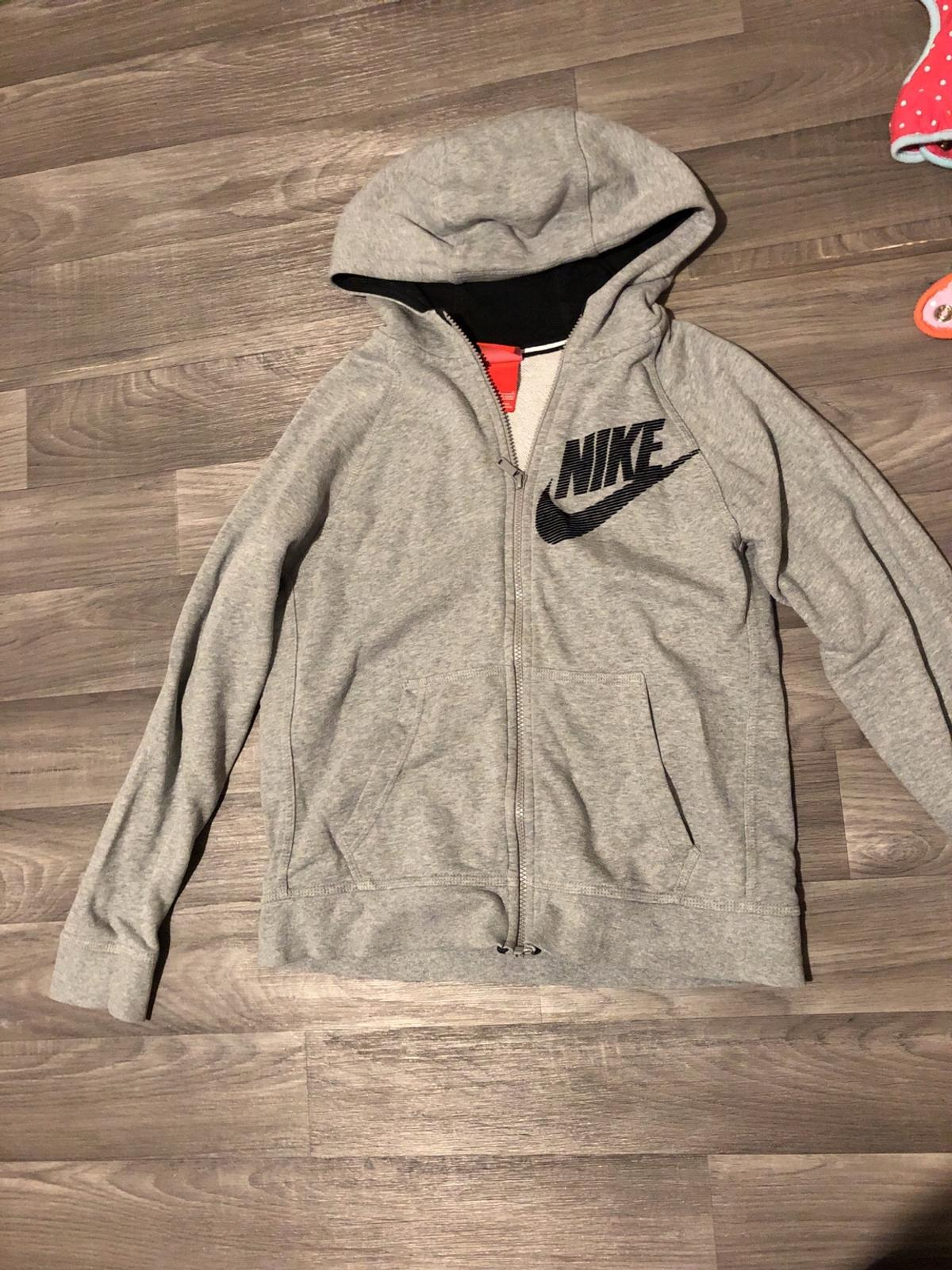110446dab Women's Nike jacket size 8 in ST19 Staffordshire for £3.00 for sale ...