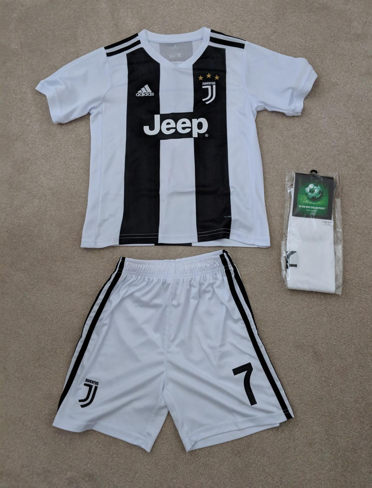 4371a4fd2 Juventus  RONALDO 7  Home Kit 2018 19 in WA10 Helens for £30.00 for ...