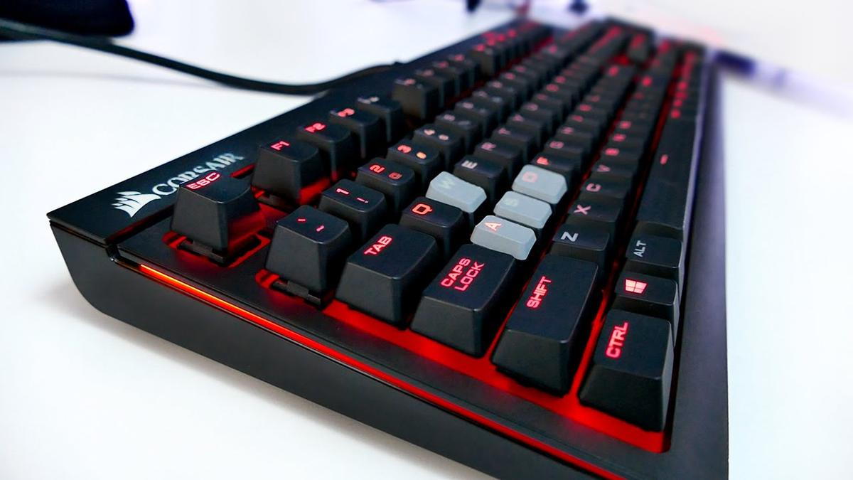 bf4b3cf38b6 CORSAIR Mechanical Strafe Keyboard in WF1 Wakefield for £45.00 for sale -  Shpock