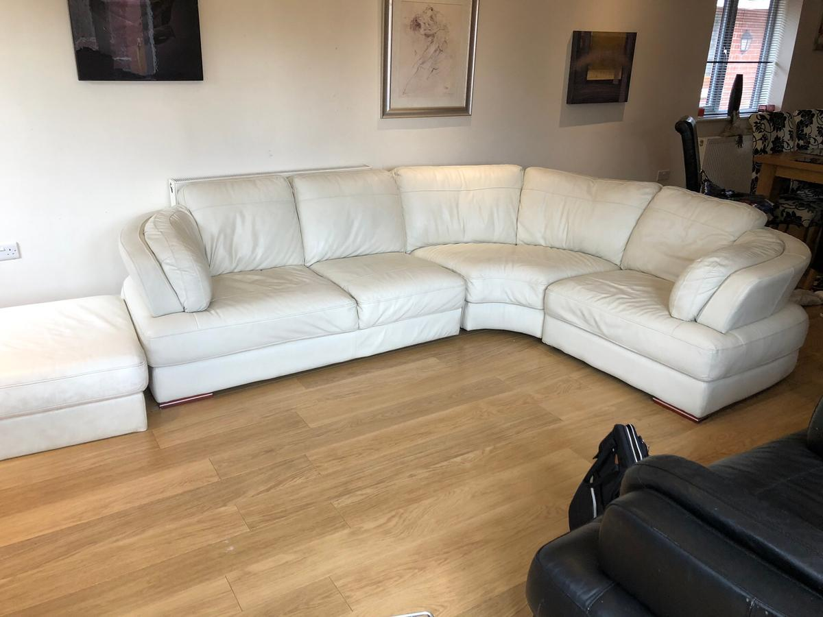 Real Leather Corner Sofa In Fy5 Wyre