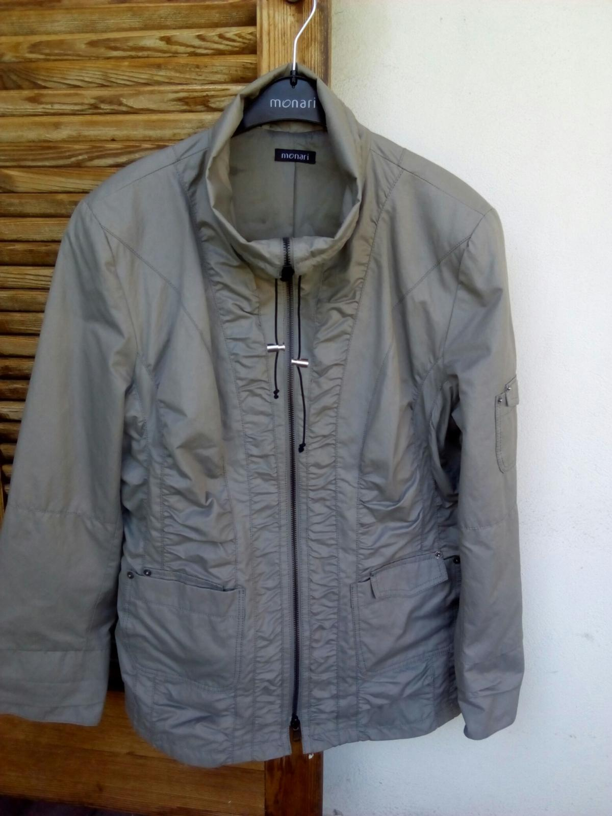 low priced 2558c a9372 Damen Jacke Monari Gr .44 in 6890 Lustenau für 20,00 ...