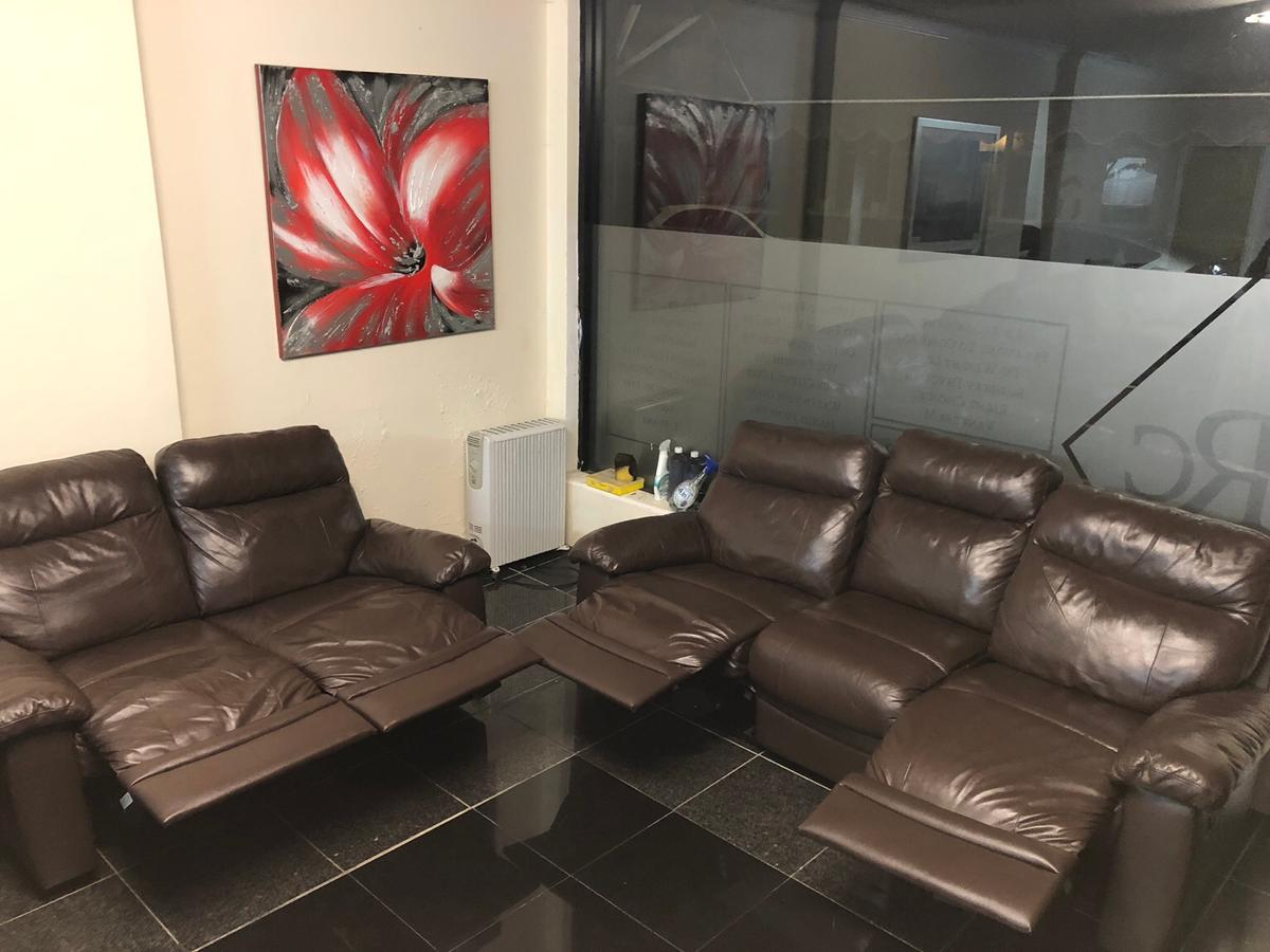 3&2 seater chocolate Brown Recliner sofa set