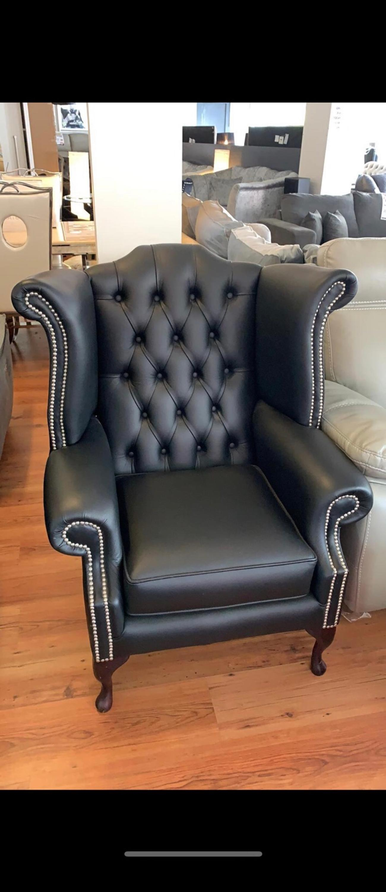 Prime Leather Chesterfield Queen Anne Arm Chair Creativecarmelina Interior Chair Design Creativecarmelinacom