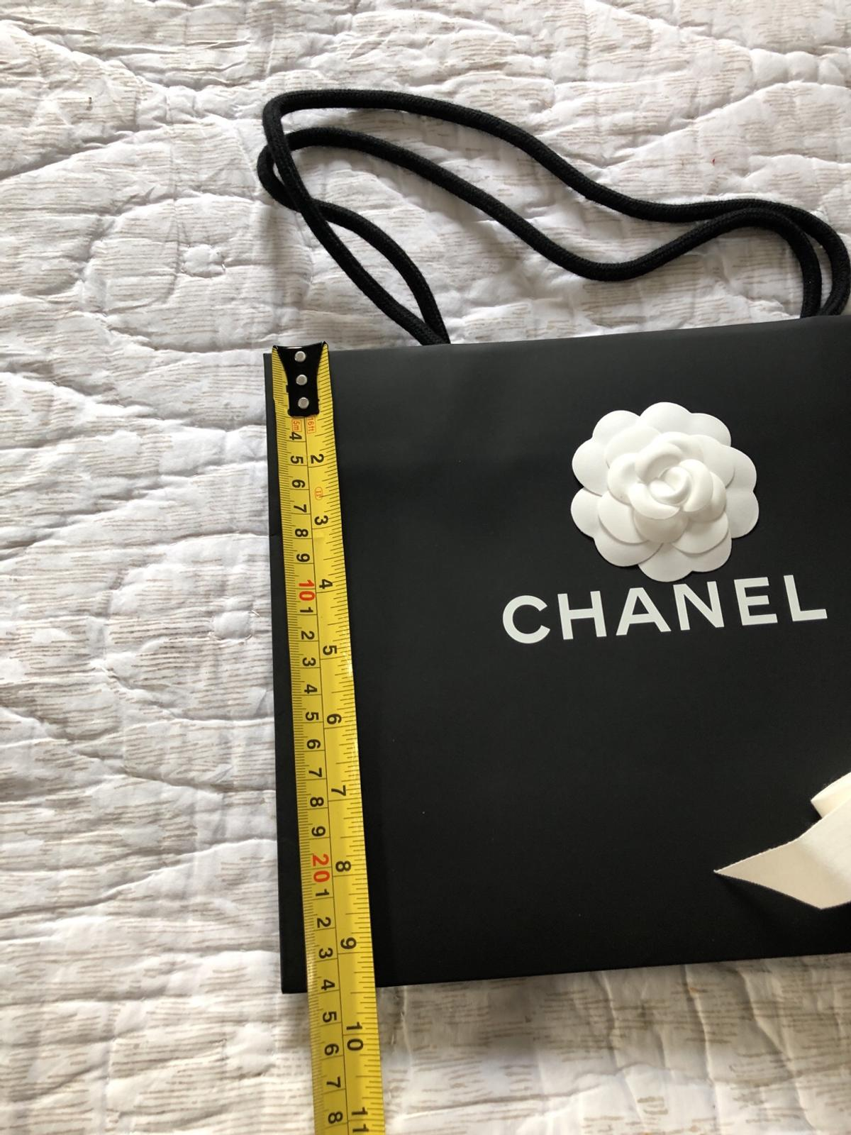 f3c45dc67abe Chanel gift paper bag Camellia & Ribbon in W6 Fulham for £13.00 for ...