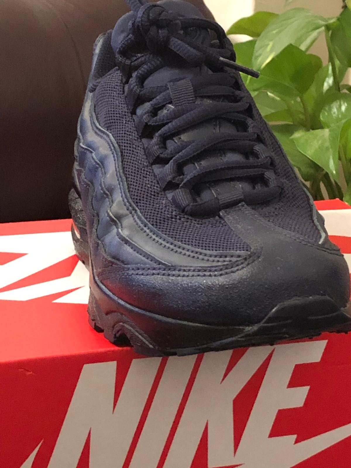 best loved 49f89 73116 Nike air max 95 Trainers UK size 6 navy