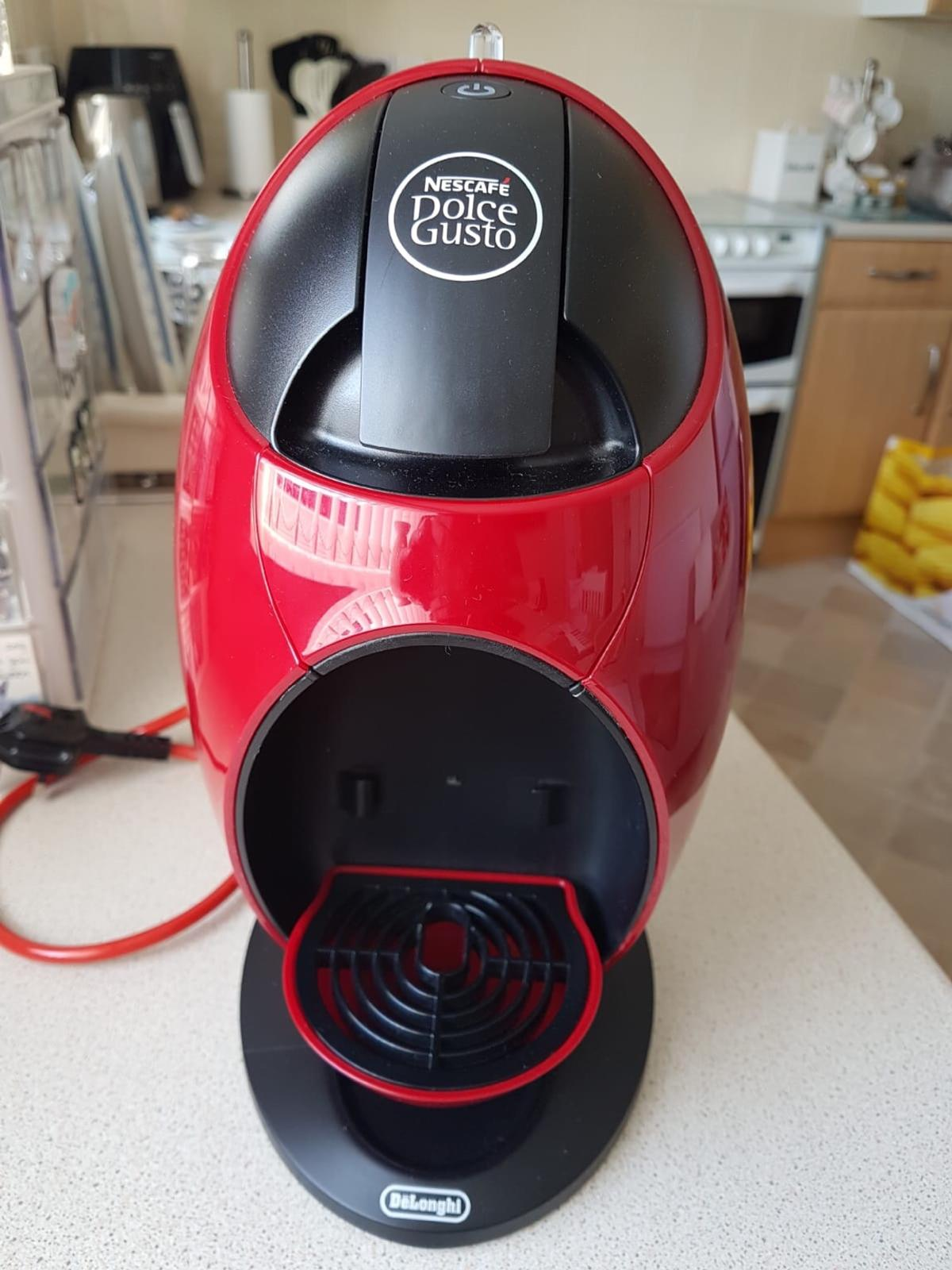 Nescafé Gusto Jovia Manual Coffee Machine