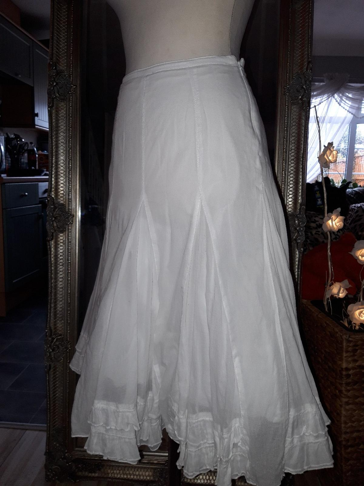 89c1d9e90f MONSOON WHITE SKIRT in CH63 Wirral for £5.00 for sale - Shpock