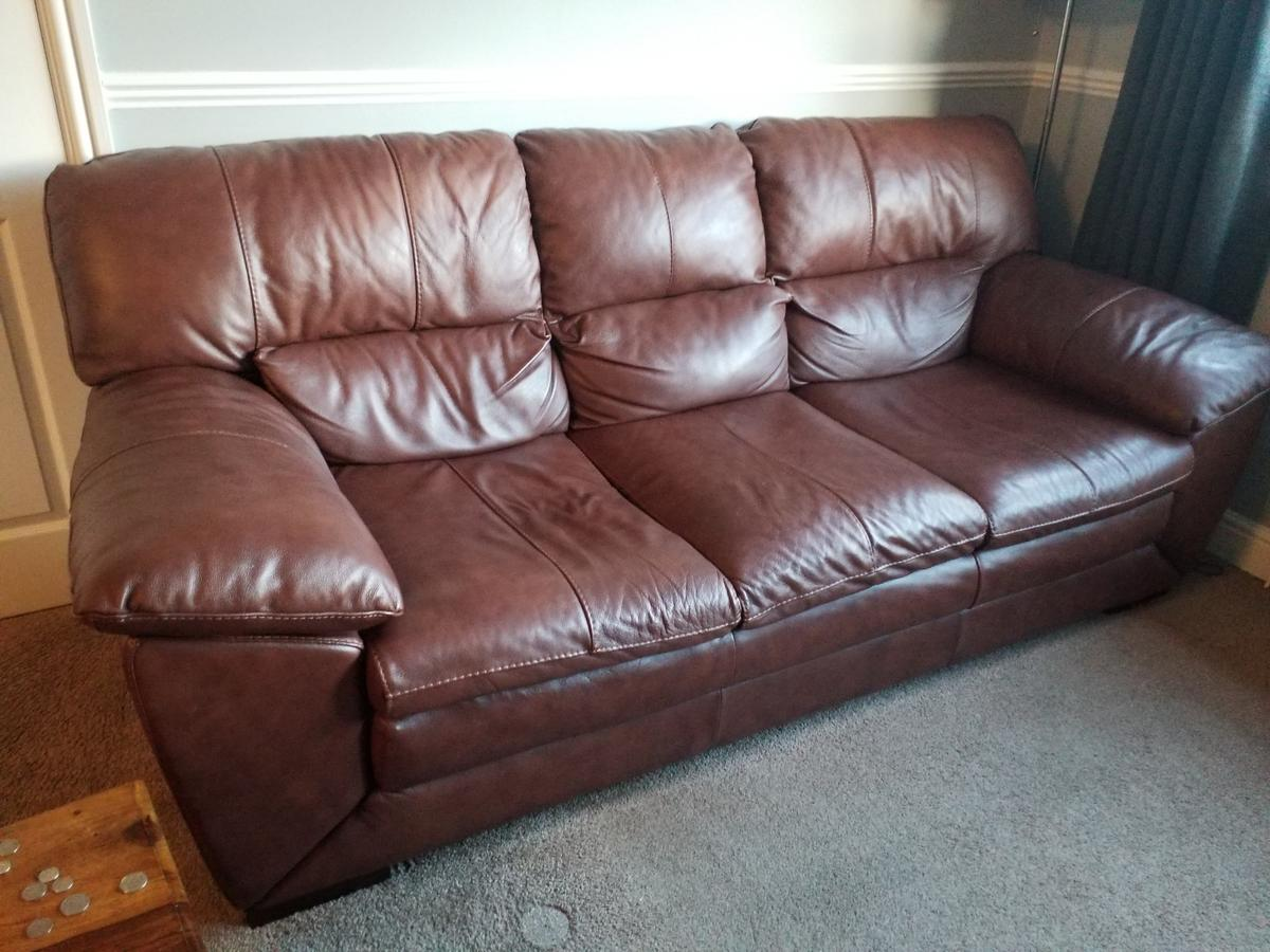 Picture of: Leather Sofa Dfs In Ol7 Tameside For 175 00 For Sale Shpock