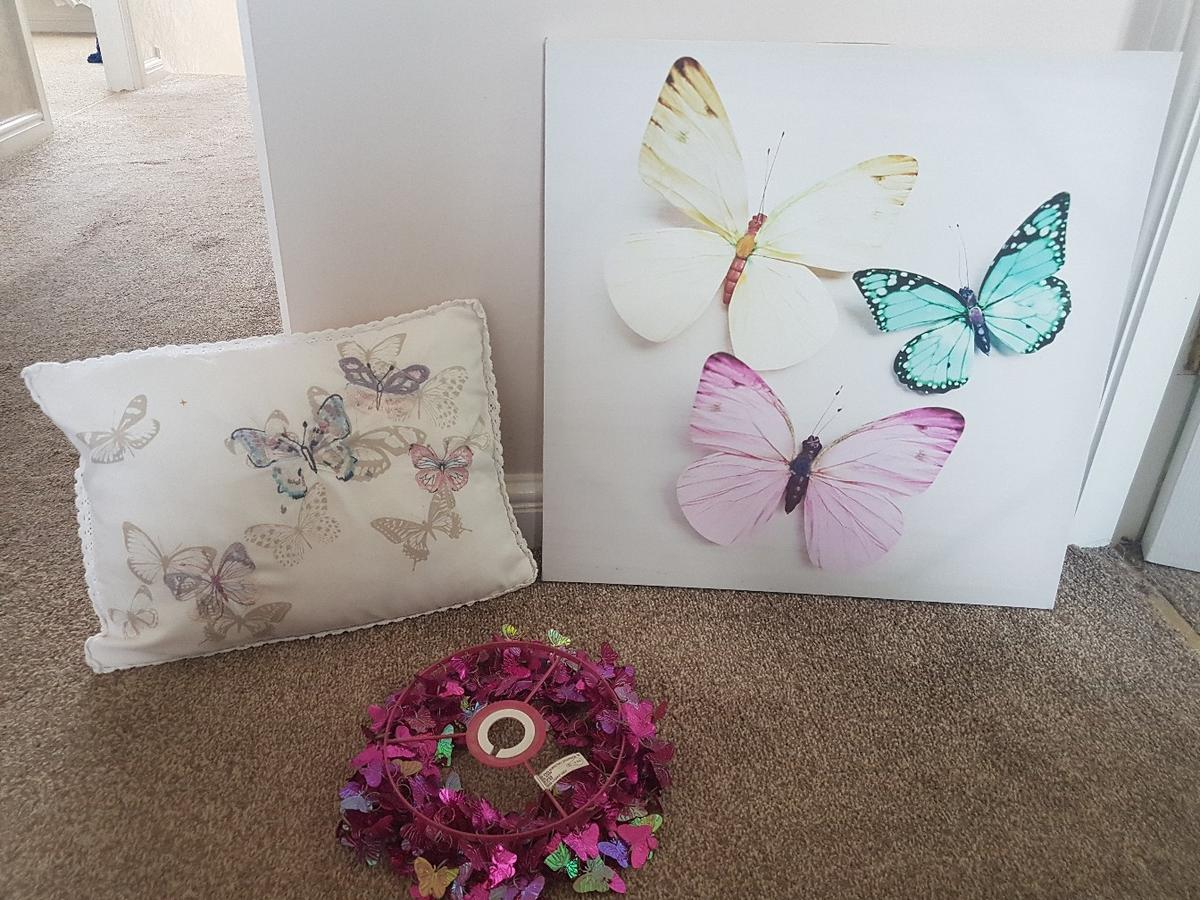 Butterfly bedroom accessories in Woolfold for £8.00 for sale ...