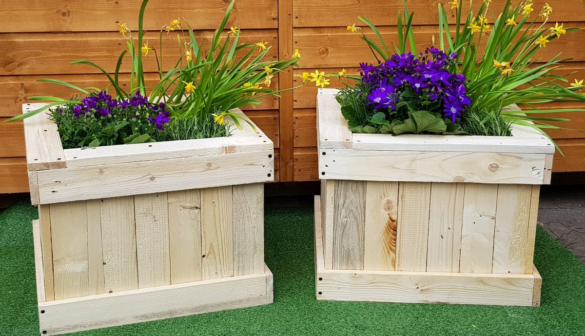 2 Garden Wooden Planters in DY1 Dudley for £40.00 for sale ... on wooden home, wooden trellis, wooden plates, wooden pedestals, wooden troughs, wooden bookends, wooden arbors, wooden bells, wooden pavers, wooden rakes, wooden bird feeders, wooden chairs, wooden garden, wooden decking, wooden bird houses, wooden toys, wooden benches, wooden plows, wooden bollards, wooden greenhouses,