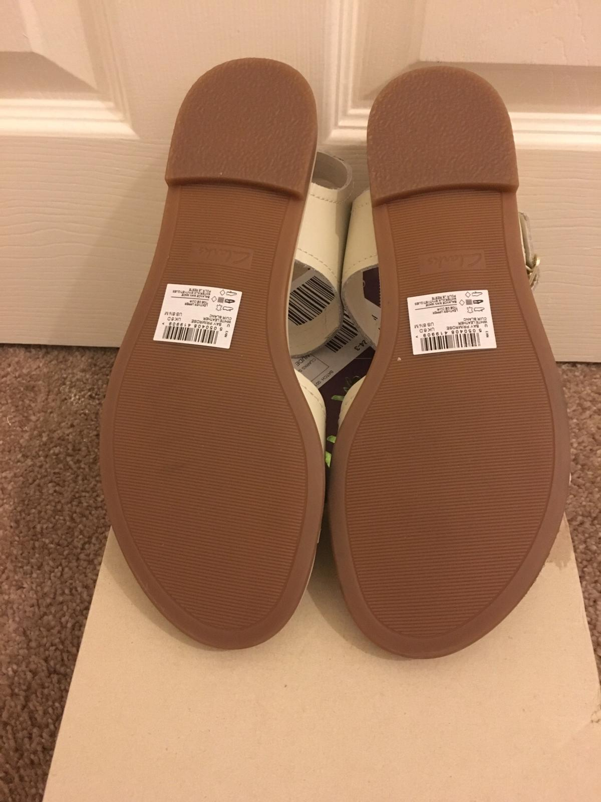 Brand new Clarks beige leather sandals uk 6 in Manchester