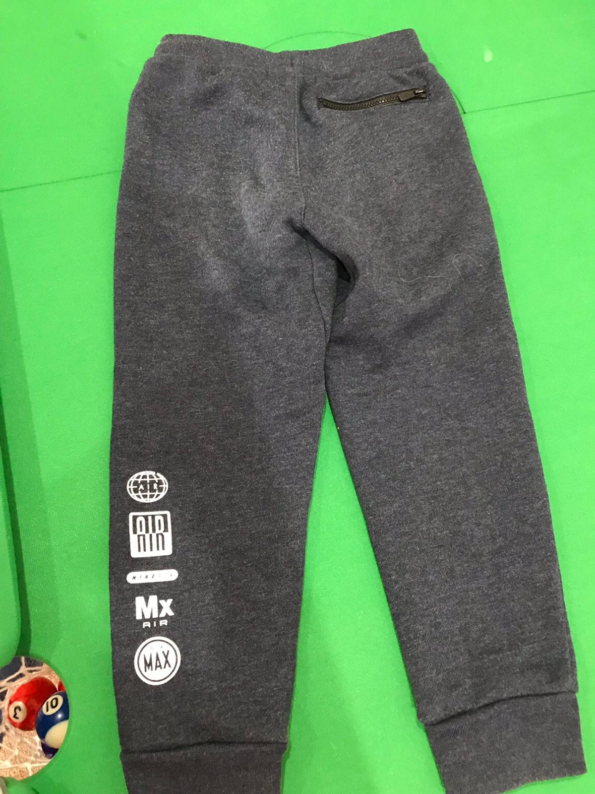 Boys Nike air joggers 5 6 years in DE75 Valley for £6.50 for