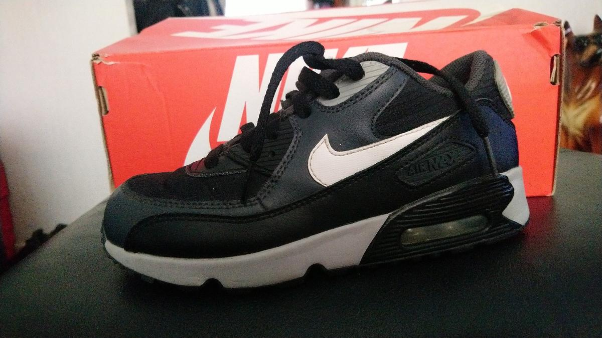 24109fb4408f1 original Nike airmax trainers in Oldham for £20.00 for sale - Shpock