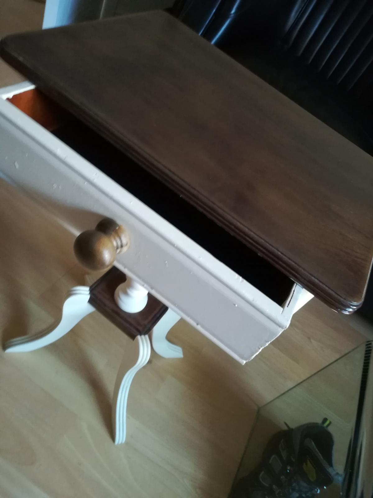 Vintage Shabby Chic Lamp Table In Dh6 Sherburn Fur 45 00 Kaufen