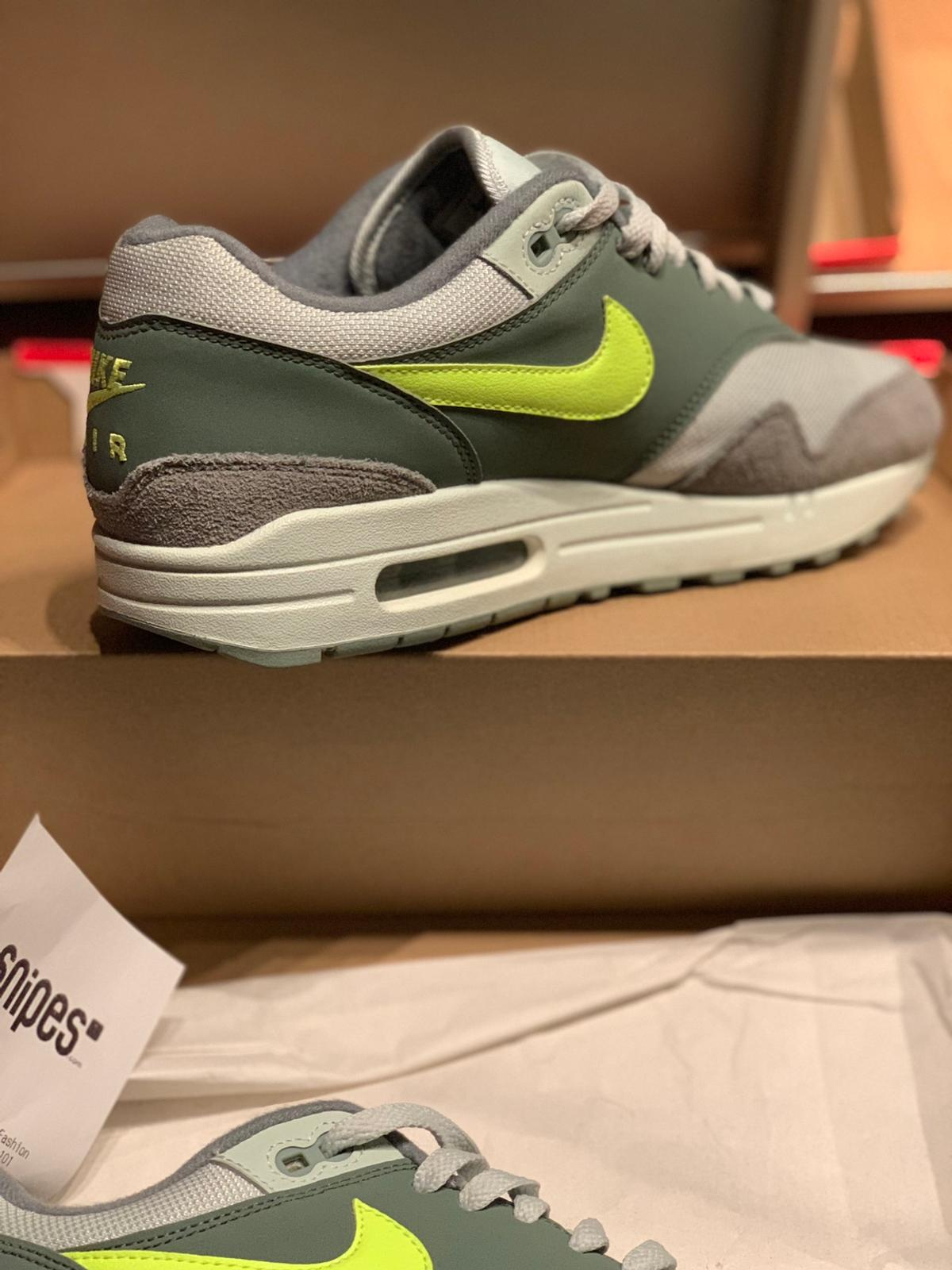 Nike Air Max in 51107 Köln for €70.00 for sale Shpock