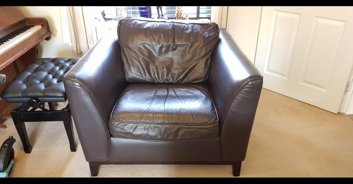 Pleasing Heals Brown Leather Armchair Rrp 2750 00 In Aylesbury Vale Andrewgaddart Wooden Chair Designs For Living Room Andrewgaddartcom