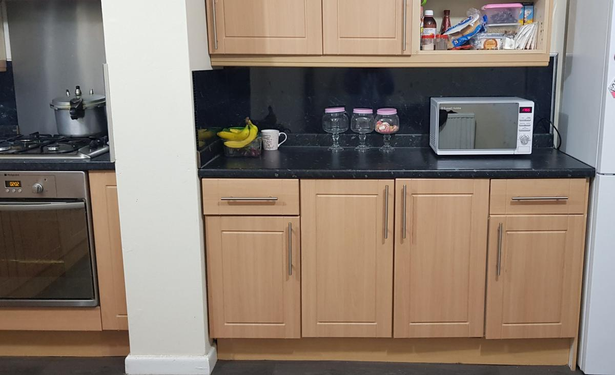 B Q Kitchen In Bl3 Bolton For 150 00 For Sale Shpock