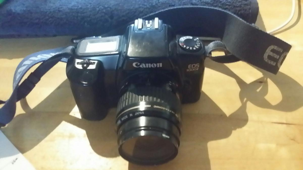 CANON EOS 1000F 35mm FILM CAMERA in TW9 London for £30 00
