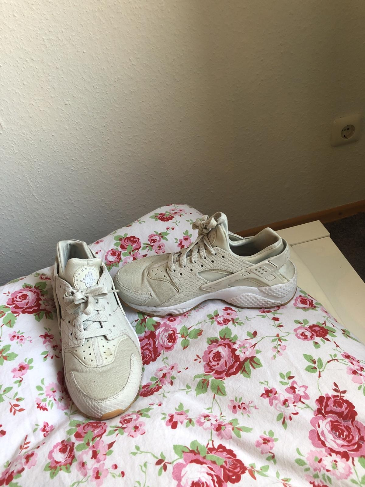 33b7300ce3774 Nike Air Huarache 40 in 22880 Wedel for €100.00 for sale - Shpock