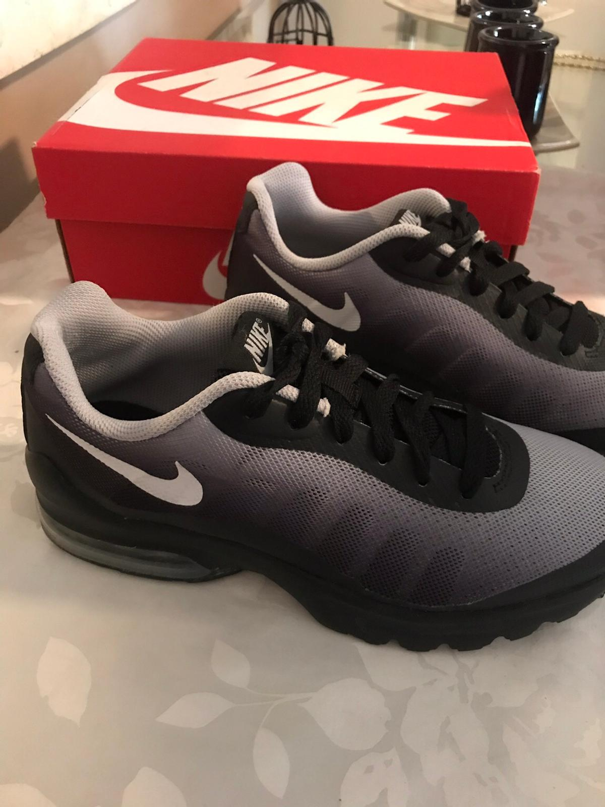 Nike AMax Size 5 in W13 London Borough of Brent for £29.00