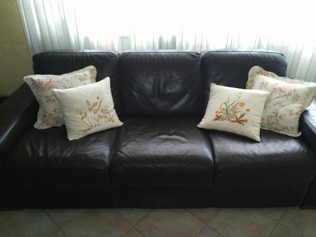 Divano In Pelle Natuzzi.Divano In Pelle Natuzzi In 26100 Cremona For 230 00 For Sale Shpock