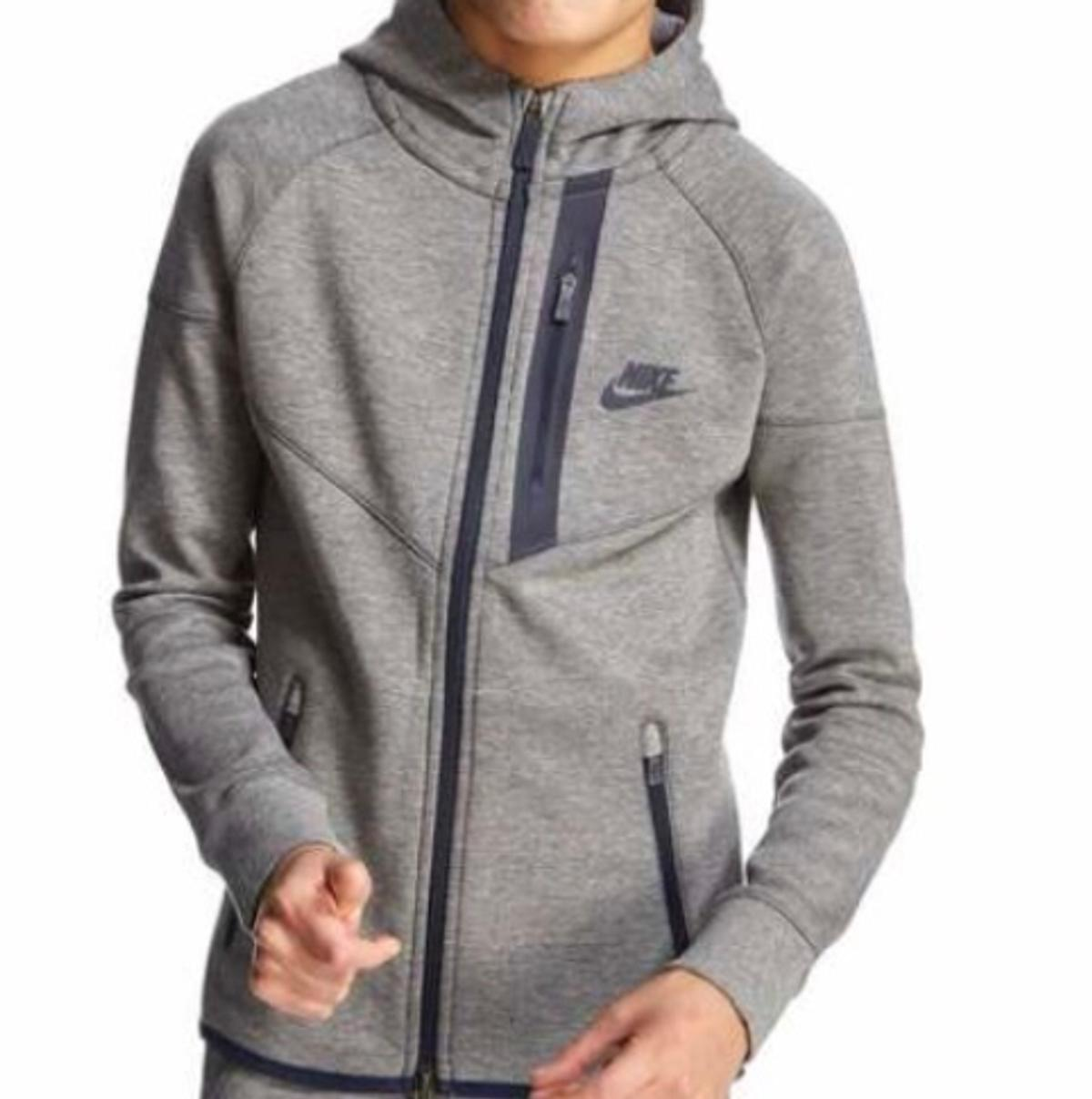d5a26efa4610 NIKE TECH HOODIE 13YEARS JUNIOR in E6 London for £30.00 for sale ...