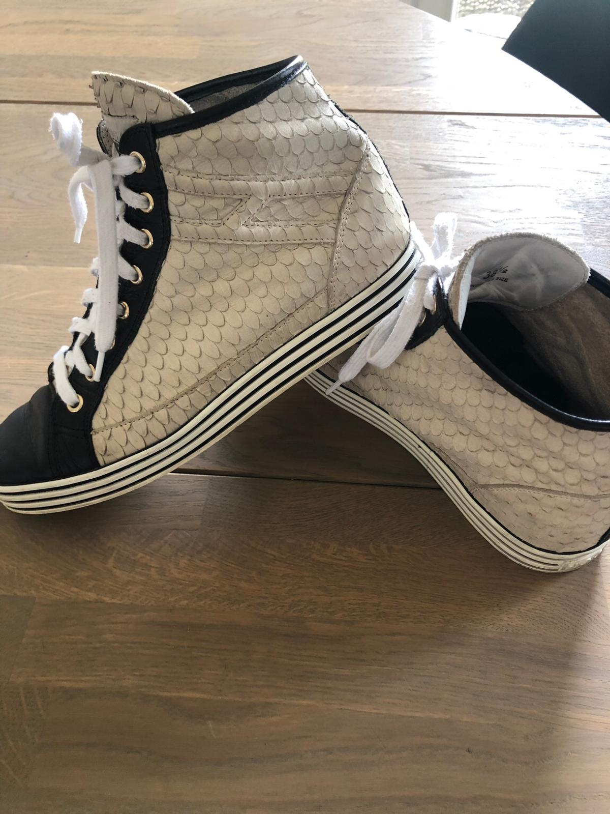 beaec767aee Hogan Rebel leather trainers in SW19 Wandsworth for £150.00 for sale ...