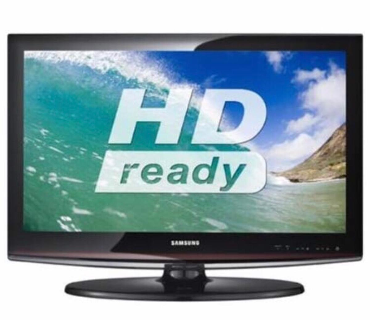 """32"""" Samsung HD Ready LCD TV with Freeview in SW10 Chelsea"""
