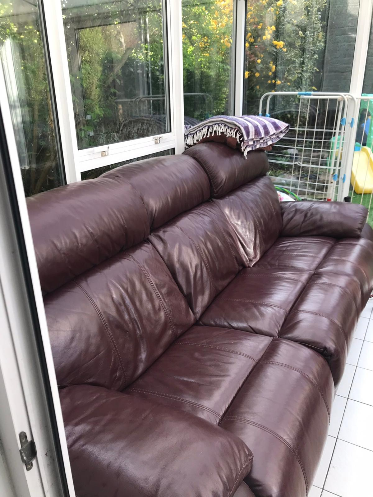 Enjoyable Reclining Burgundy Leather Sofa In Eastbourne Fur 280 00 Pabps2019 Chair Design Images Pabps2019Com