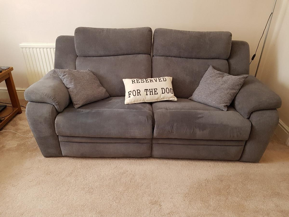 dfs electric 2 and 3 seater recliner sofas in EX20 Devon for